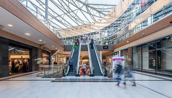 df9e4787b1a Την Πέμπτη 15 Νοεμβρίου, η Θεσσαλία υποδέχεται το Fashion City Outlet, το  πρώτο εκπτωτικό και ψυχαγωγικό κέντρο στην περιοχή.