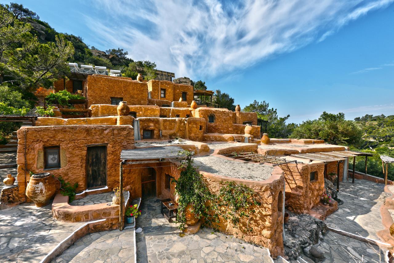 """To euronews παρουσιάζει έξι """"θεατρικά"""" ξενοδοχεία στην Ελλάδα Ένα στη Ρόδο"""